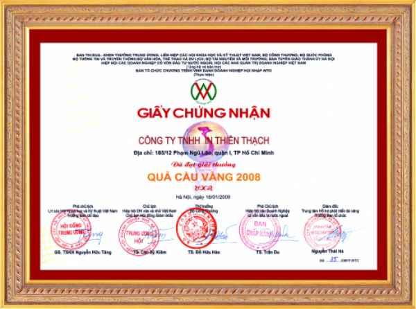 Giai_Thuong_QCVang